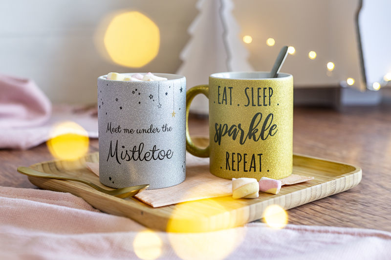 Idée cadeau original pour Noel - mug à paillettes avec texte personnalisé