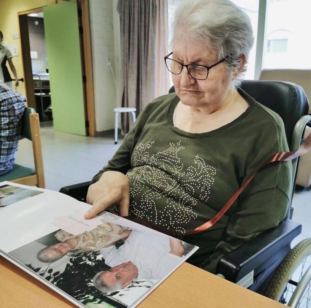 Idée créative confinement - Livre photo grand-mère