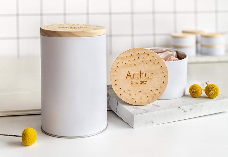 boîtes de conservation en métal avec un couvercle en bois personnalisable