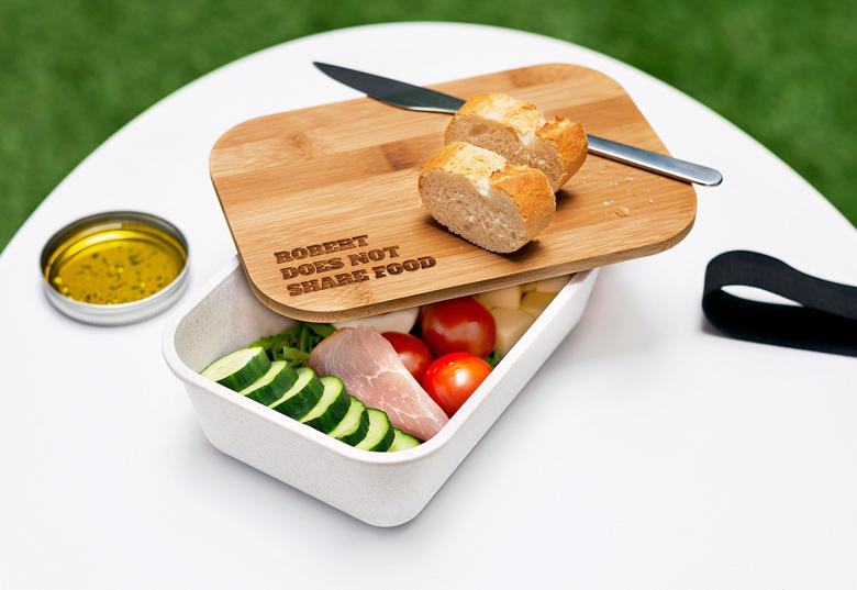 Lunch box personnalisée avec un couvercle en bambou pour limiter sa consommation de plastique