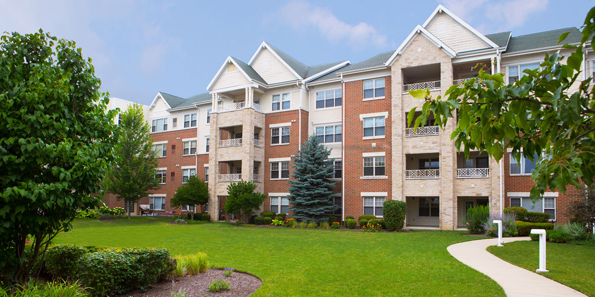 Senior Living Community in Orland Park IL Smith Crossing