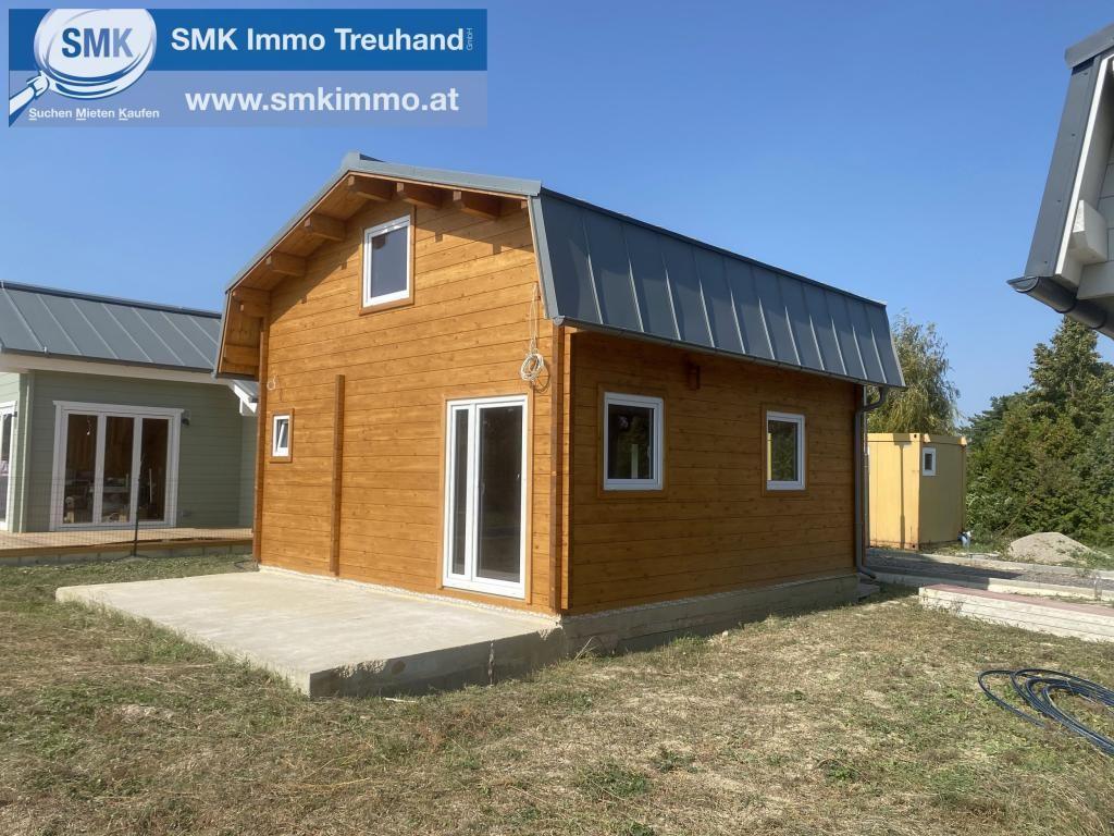 1 braunes Haus