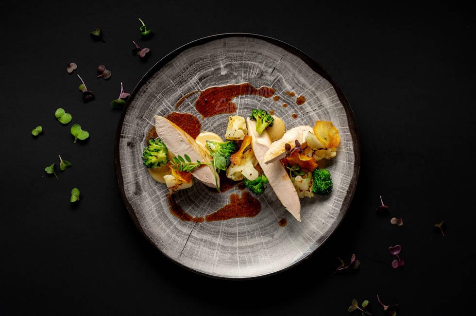 Chicken fillet with truffle vinaigrette photo