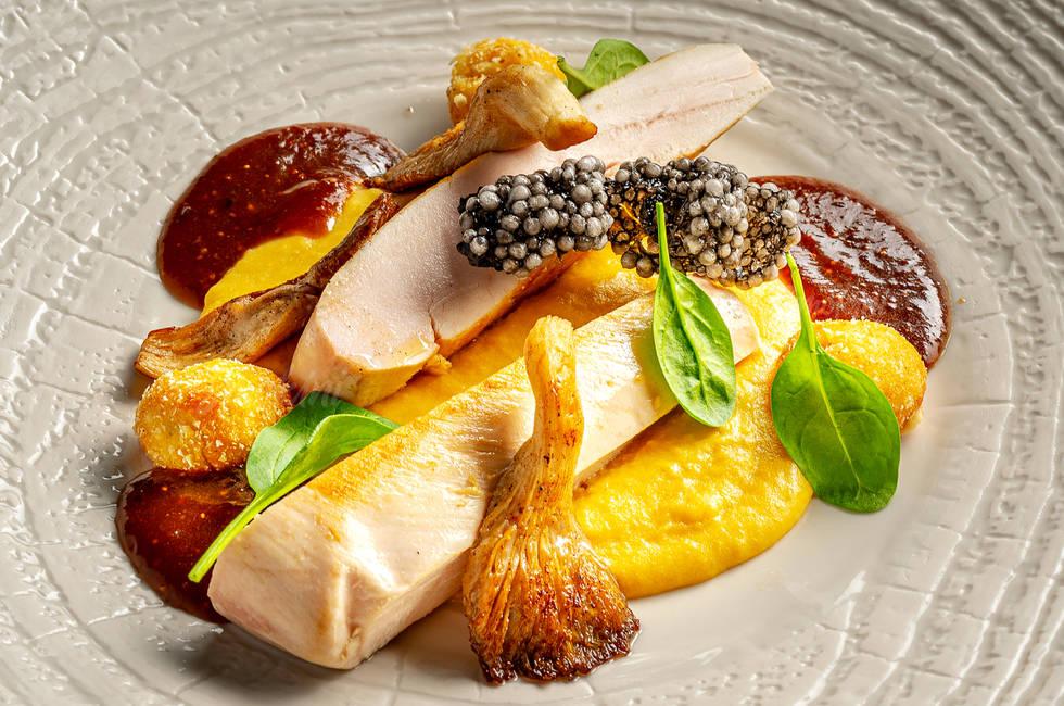 Пилешко филе с пюре от царевица снимка