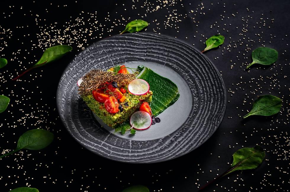 Quinoa with sautéed vegetables photo