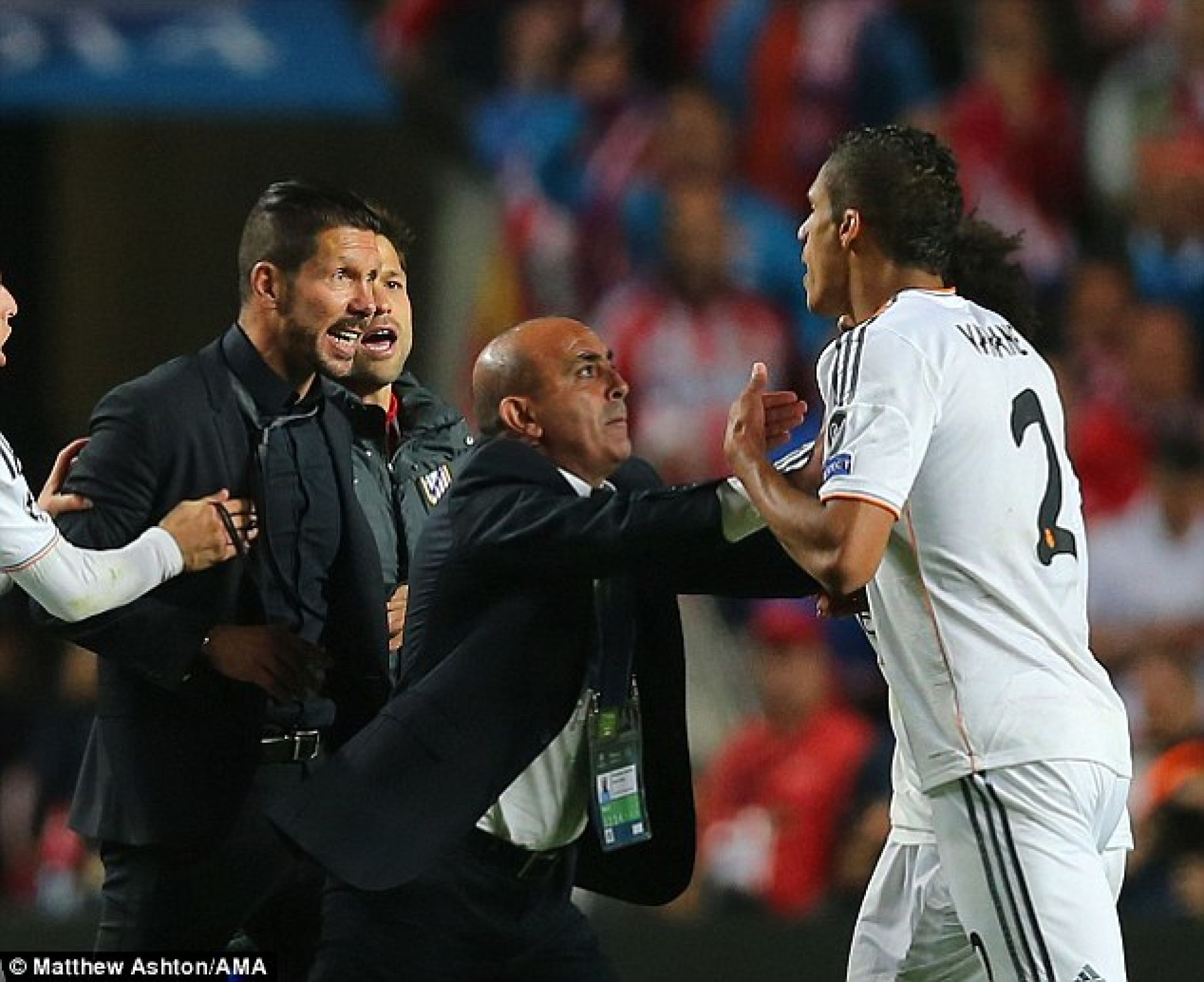 УЕФА разследва скандалите на финала на Шампионската лига