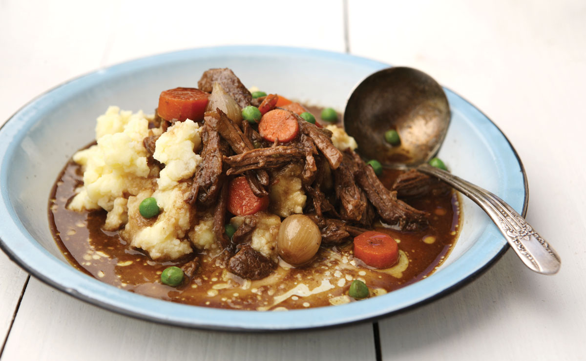 Stout-Braised Short Ribs With Creamy Mashed Potatoes