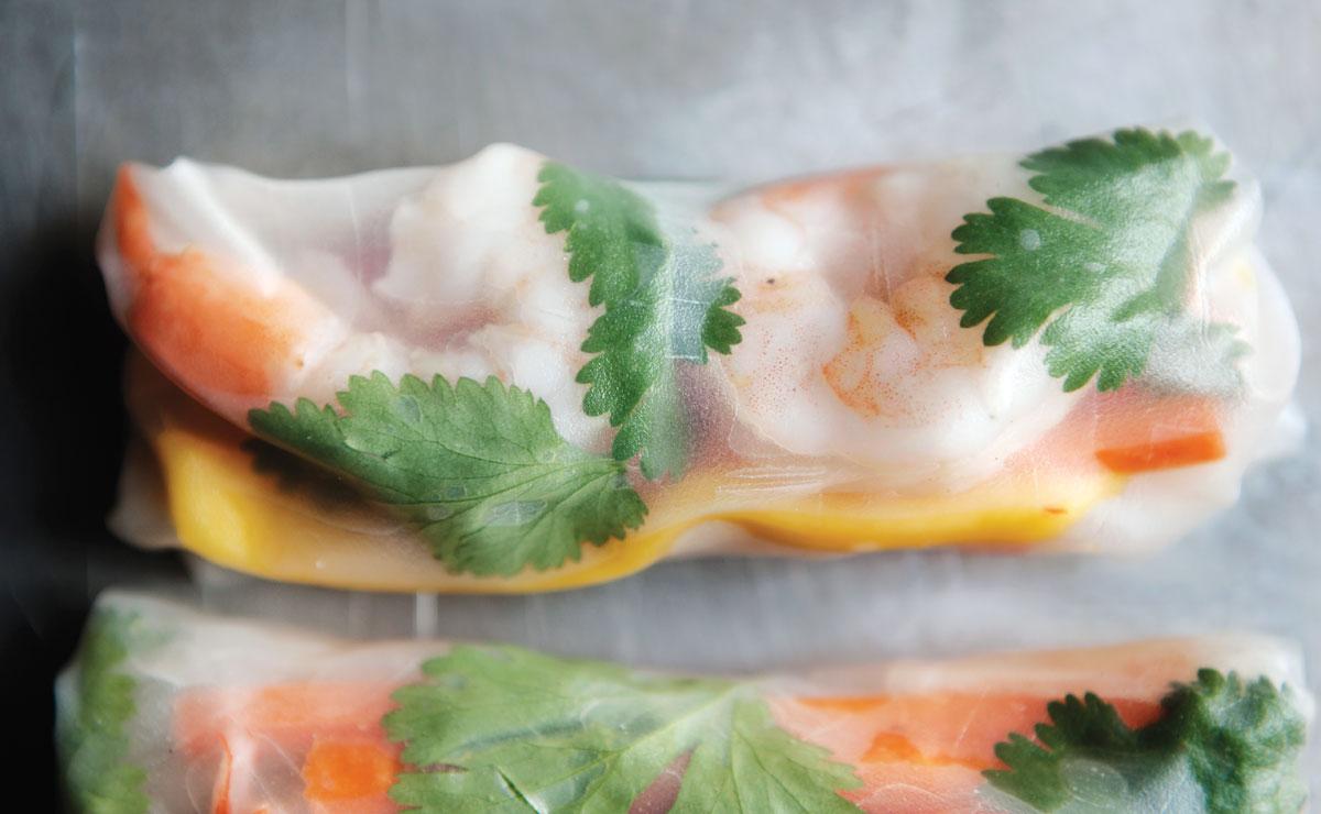 shrimp and mango spring rolls
