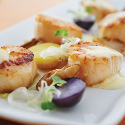 Stellina's Charred Lemon Beurre Blanc with seared scallops