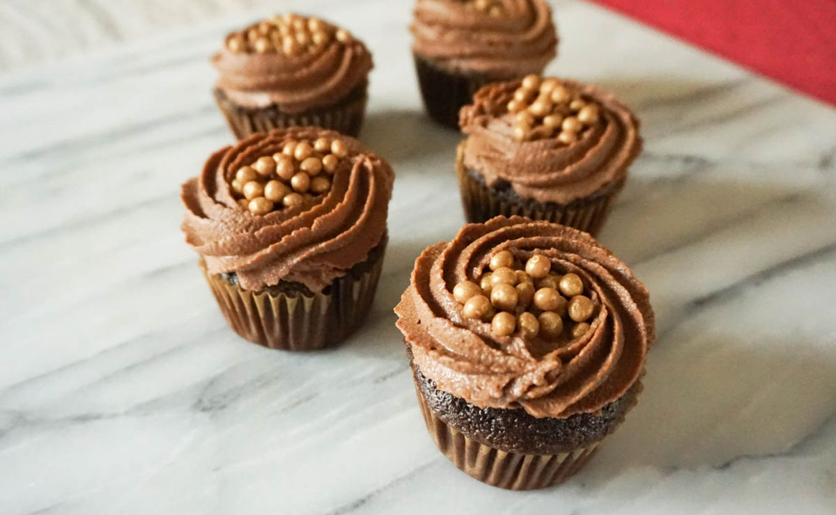 Salty Caramel and Chocolate Mousse Cupcakes