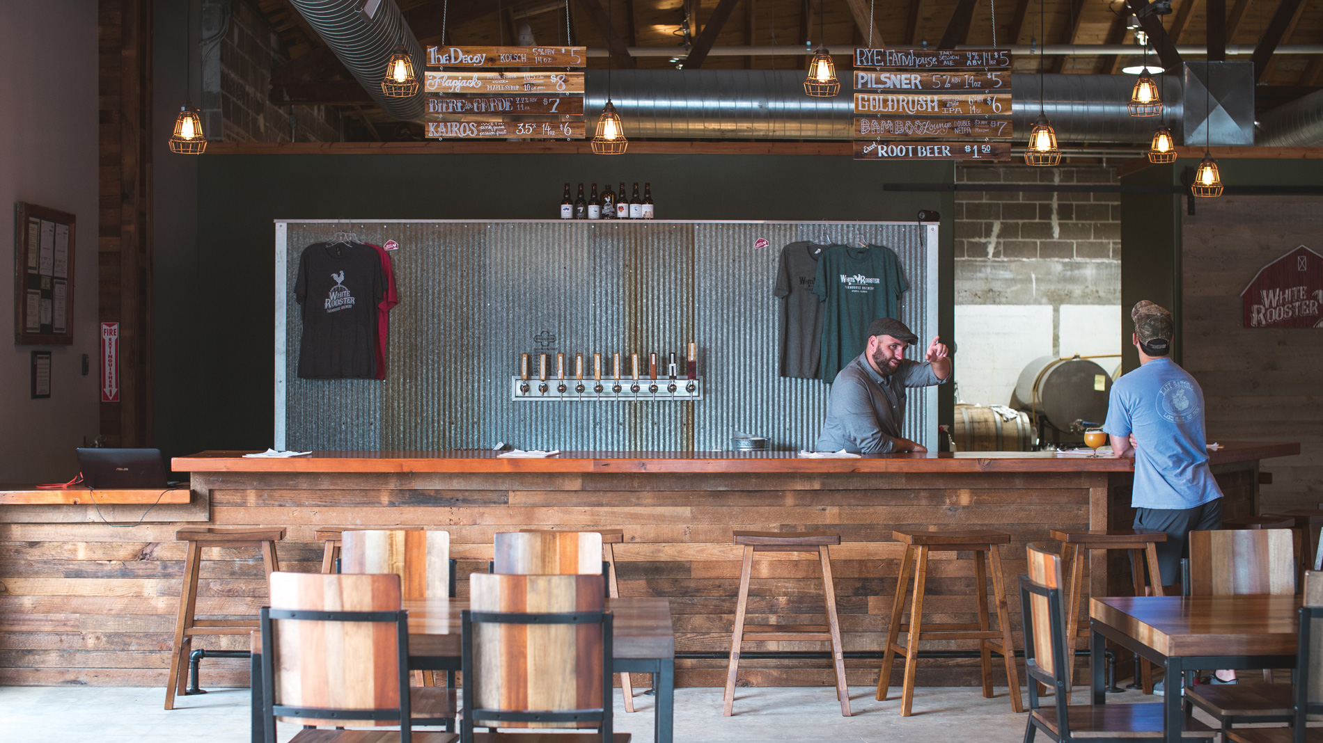 white rooster farmhouse brewery's tasting room in sparta, illinois