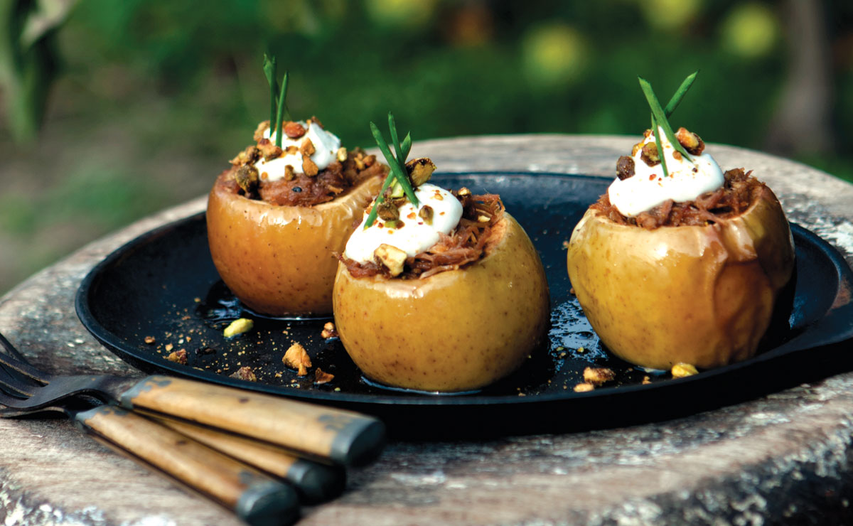 Pulled Korean BBQ Pork Apples