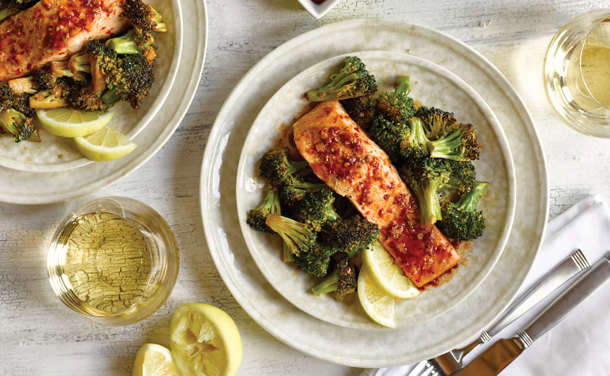 Indonesian soy-glazed salmon fillet with broccoli and rice