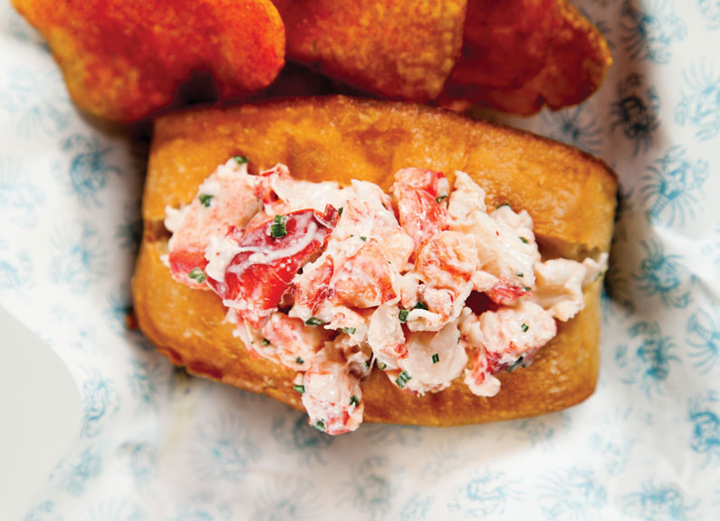 lobster roll from peacemaker lobster & crab co. in benton park
