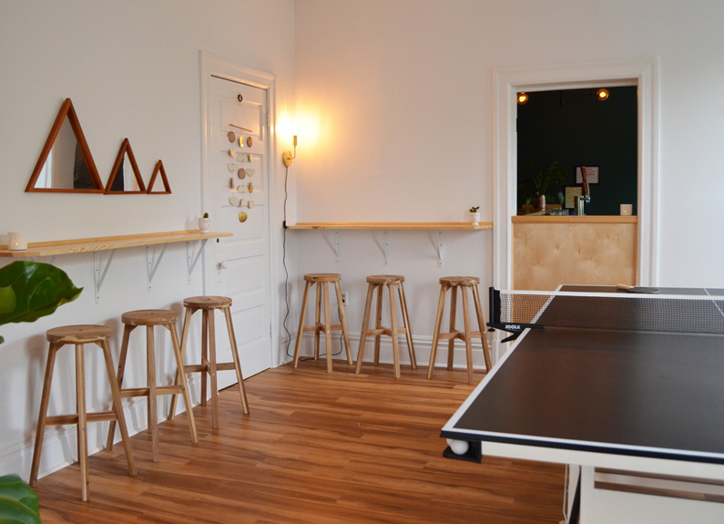 the pingpong bar above lulu's local eatery in st. louis