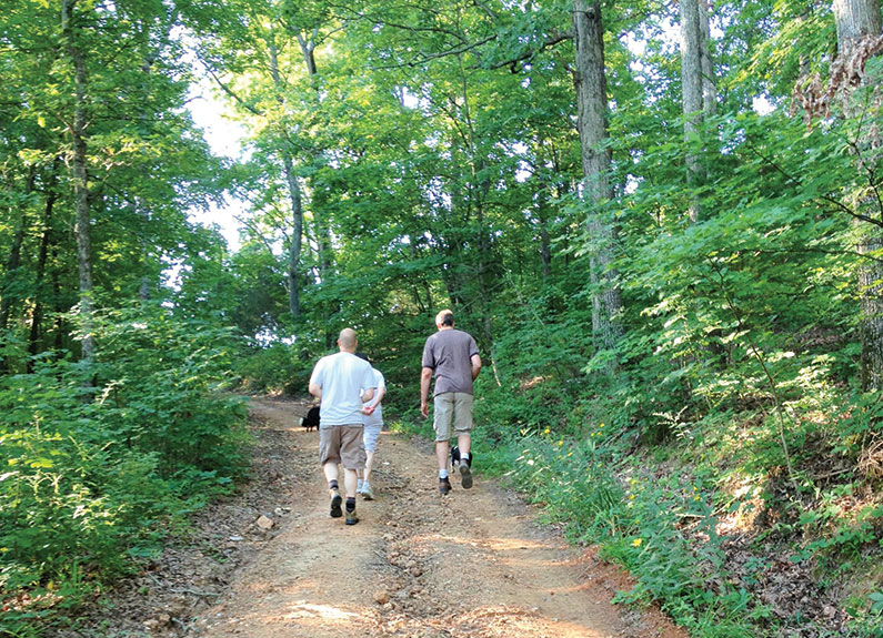 the hiking trail between Chaumette Vineyards & Winery and Charleville Vineyard Winery & Microbrewery in Ste. Genevieve