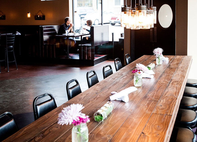the dining room at the muddled pig