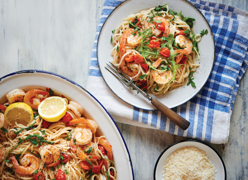 Spaghetti with Heirloom Cherry Tomato, Shrimp and Arugula