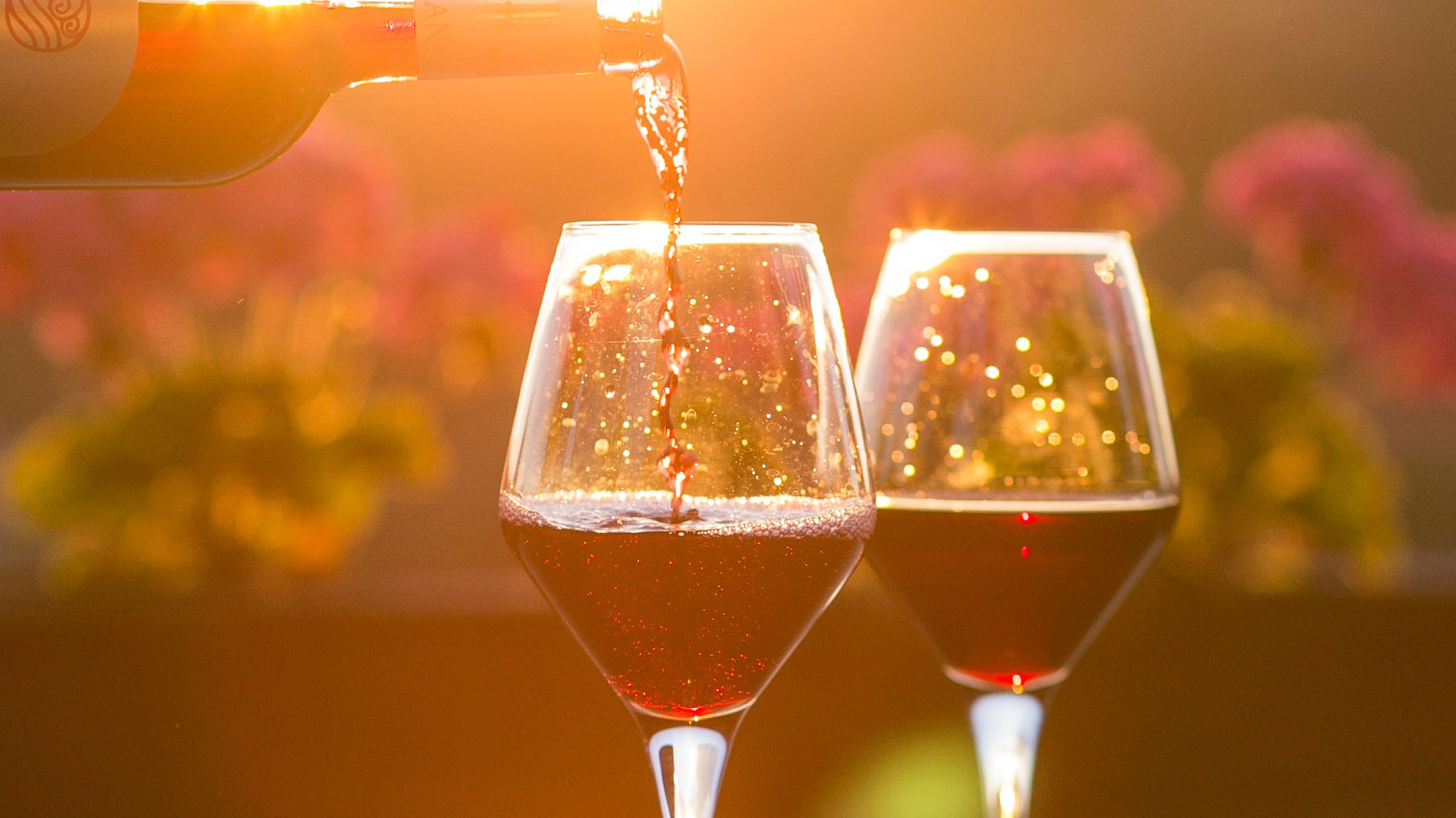 Your summer guide to St. Louis area wineries
