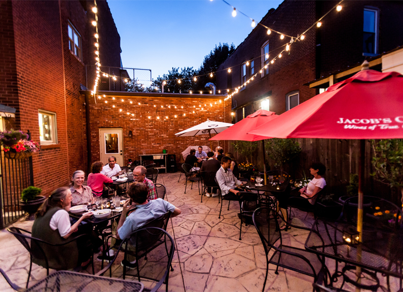 the patio at Ernesto's Wine Bar in St. Louis