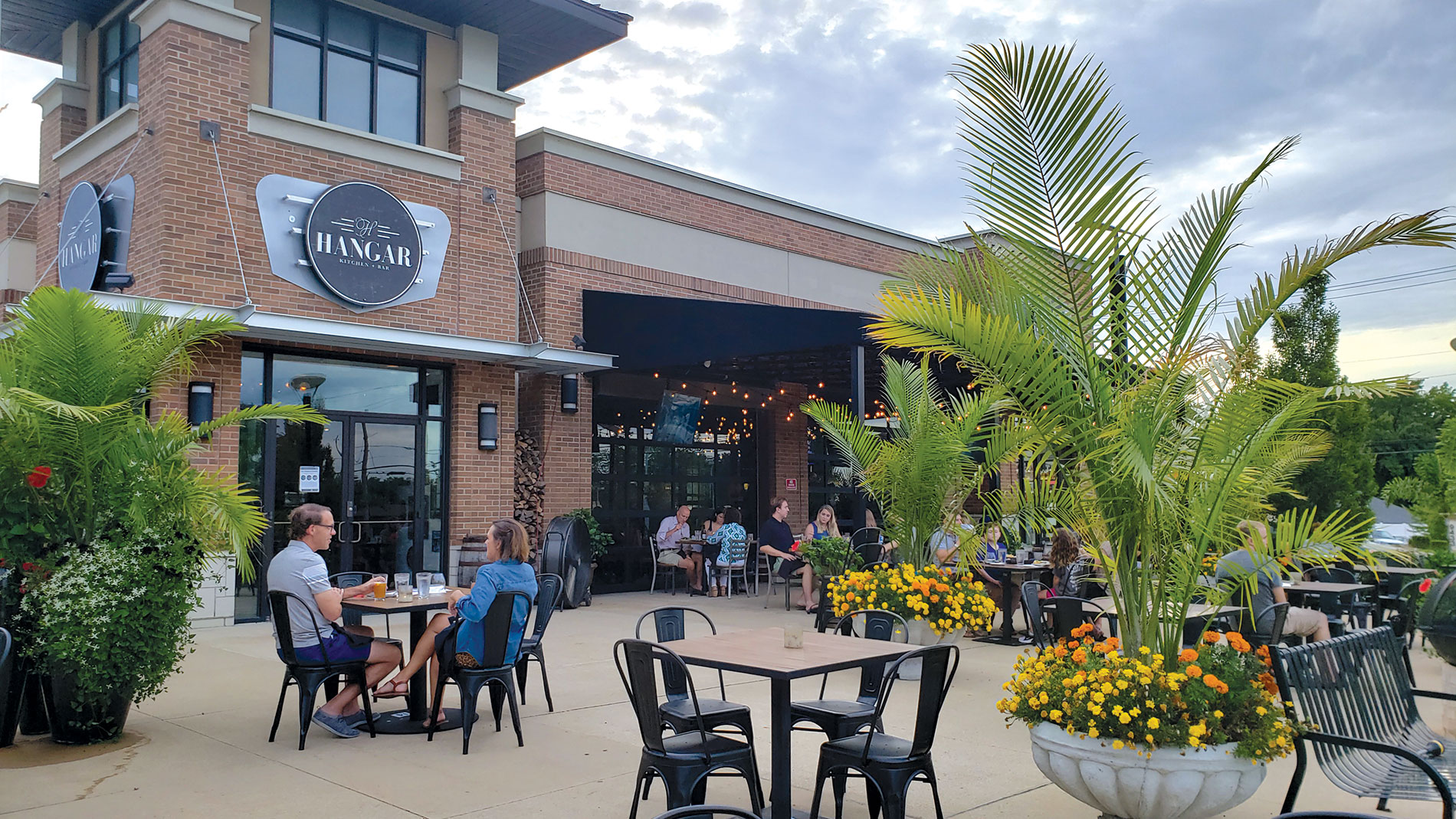 the patio at hangar kitchen + bar  in rock hill in st. louis