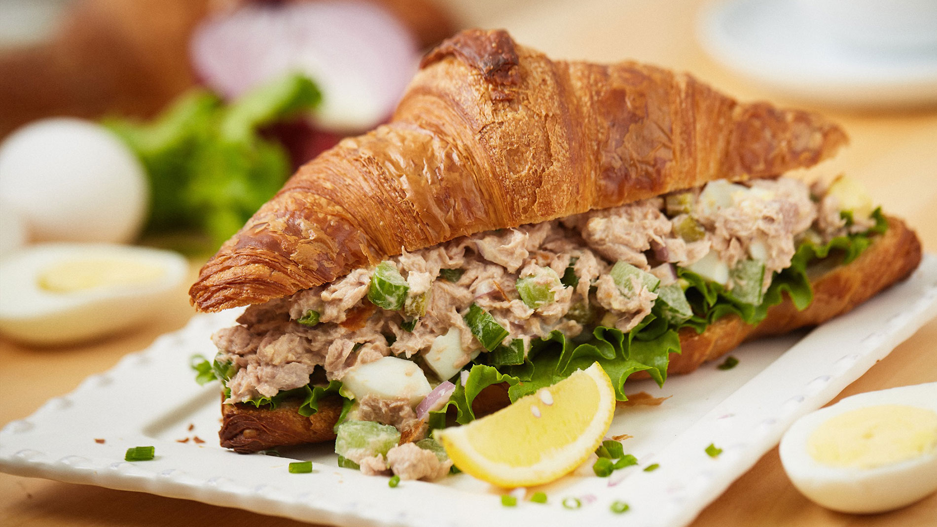 tuna fish salad sandwich from nathaniel reid bakery