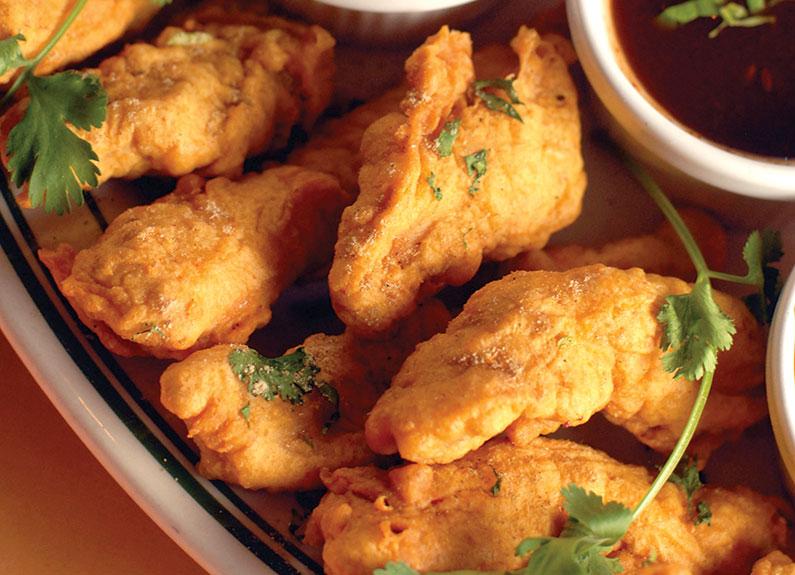 crispy chicken pakora from saffron
