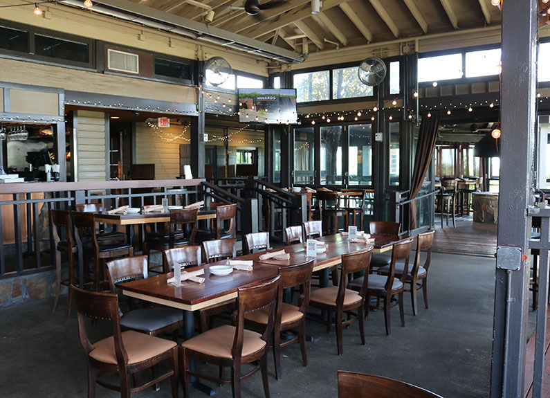 the four seasons patio at edgewild in chesterfield