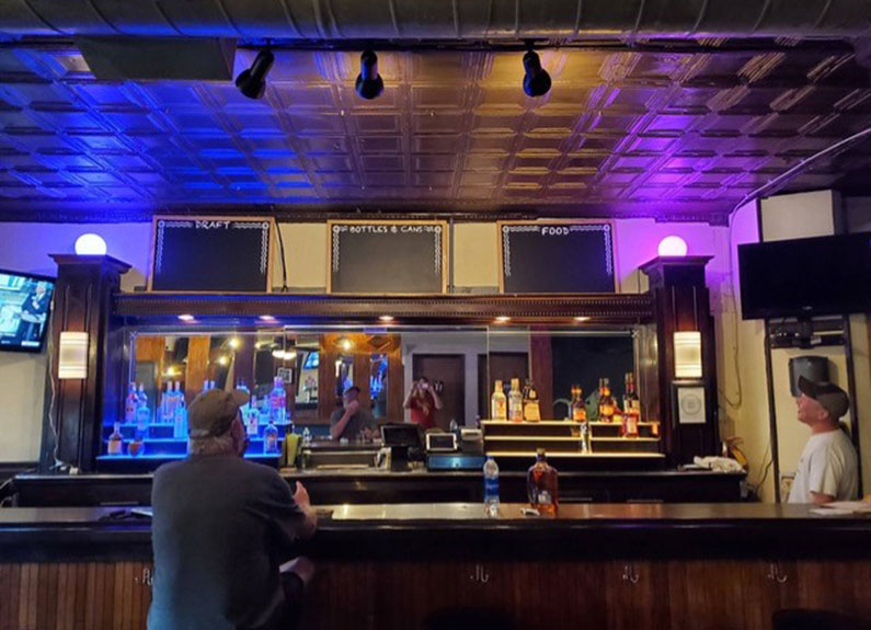 the bar at the drawing board in st. louis