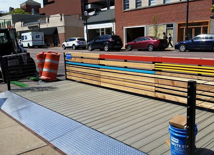 The Scoop: Clayton debuts pop-up sidewalk seating with parklets
