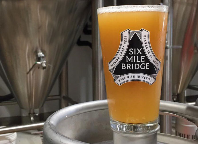 Schon Try This Northeast Style IPA From Six Mile Bridge In Maryland Heights