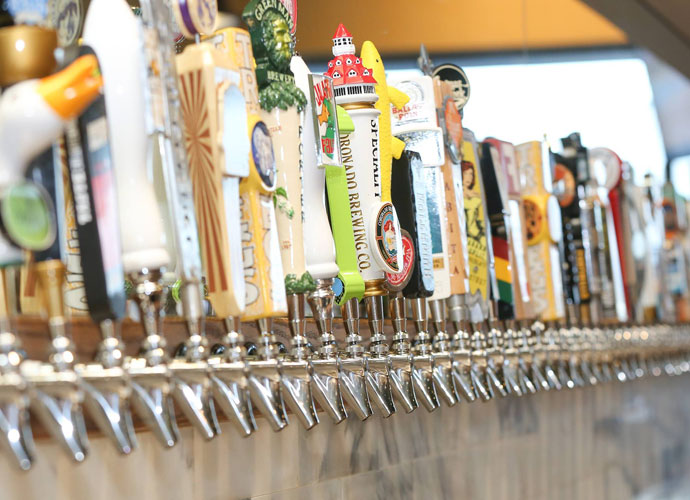 taps at growler usa