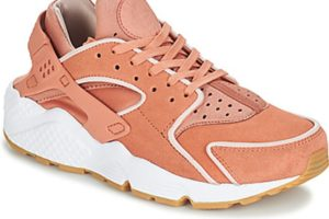 nike huarache womens pink pink trainers womens
