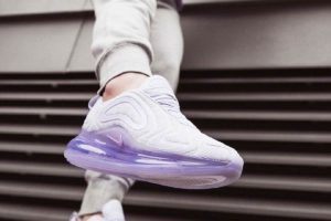 Review + Release: Nike Air Max 720 Womens Silver