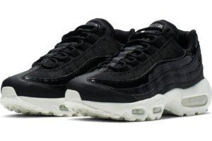 nike-air max 95-womens-black-aq4138-001-black-sneakers-womens