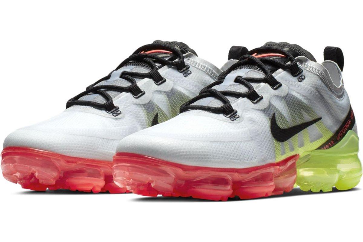 nike-air vapormax-mens-silver-ar6631-007-silver-sneakers-mens