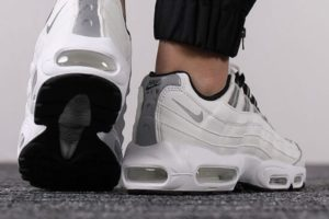 Review: Nike Air Max 95 White Womens, artistic view of the human body