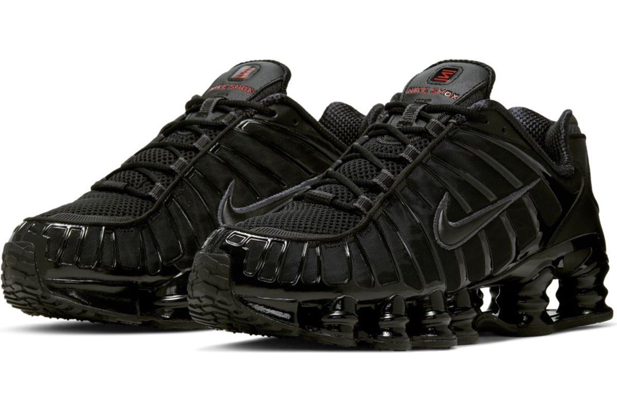 nike-shox-mens-black-av3595-002-black-trainers-mens