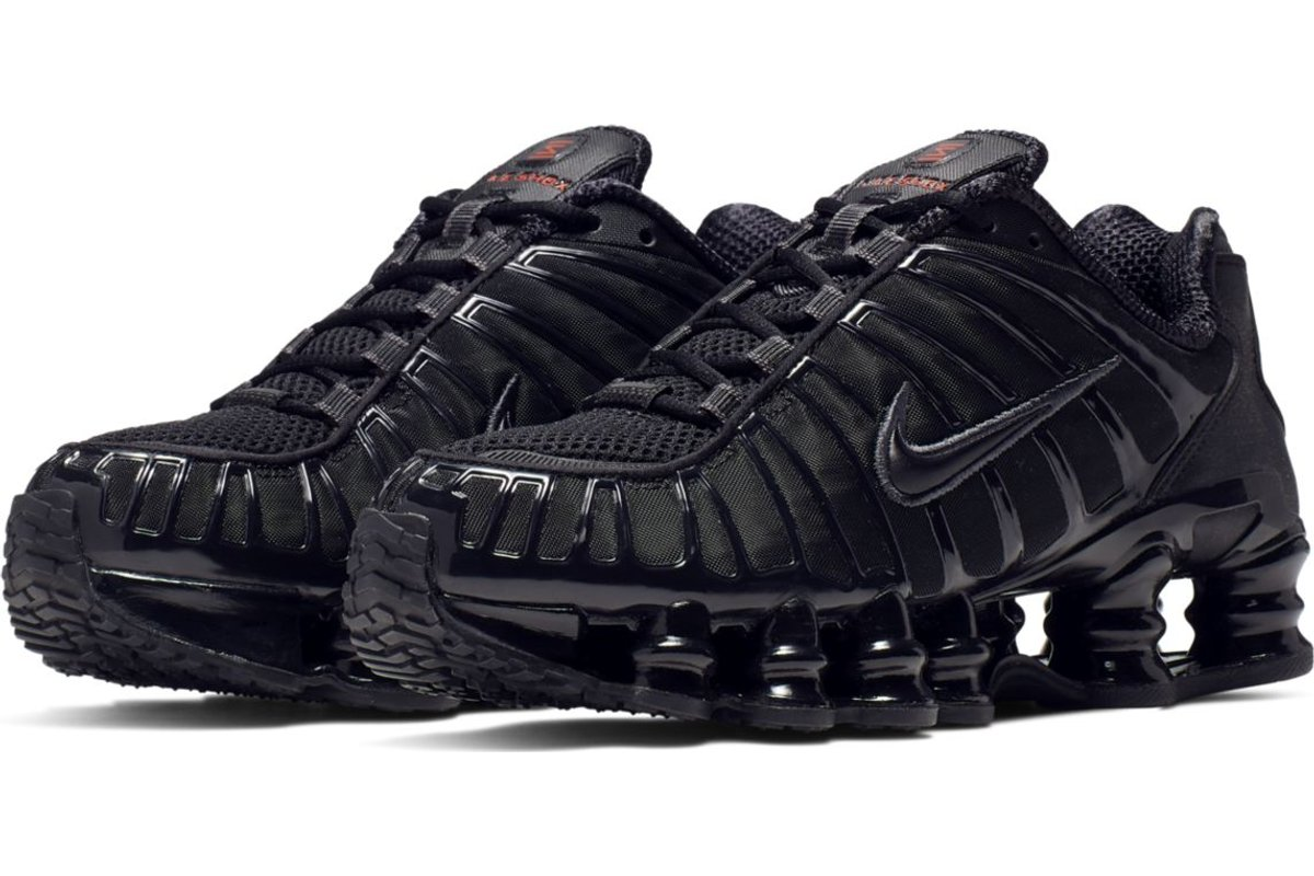 nike-shox-womens-black-ar3566-002-black-trainers-womens