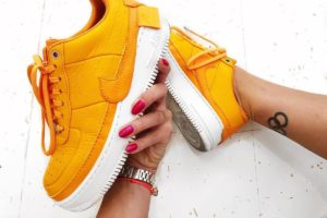 Top 10 Orange Trainers Womens · August [year]
