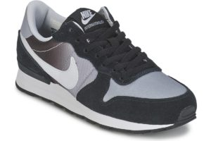 nike-internationalist-boys