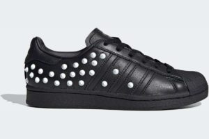 adidas-superstars-womens-black-FV3343-black-trainers-womens
