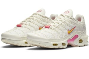 nike-air max plus-womens-beige-cz0373-100-beige-trainers-womens