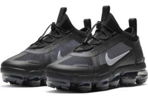 nike-air vapormax-womens-black-bv6353-001-black-trainers-womens