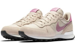 nike-internationalist-womens-beige-828407-214-beige-trainers-womens