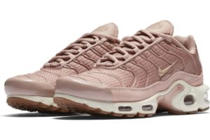 nike-air max plus-womens-pink-605112-603-pink-trainers-womens