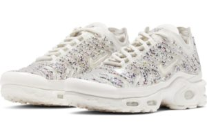 nike-air max plus-womens-beige-ar0970-002-beige-trainers-womens
