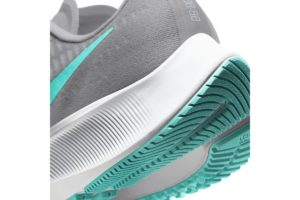 nike-air zoom-womens-grey-bq9647-003-grey-trainers-womens