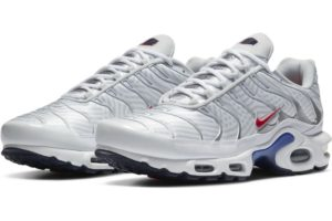 nike-air max plus-mens-white-cw7575-100-white-trainers-mens
