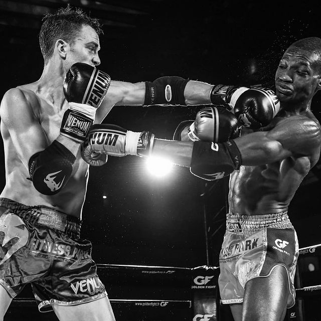 You will never be criticized by someone who is doing more than you. They are too focused on their dreams and know how hard the journey is. You will only be criticized by someone who isn't achieving their goals and is taking it out on you. Read that twice. • #MuayThai #Boxing